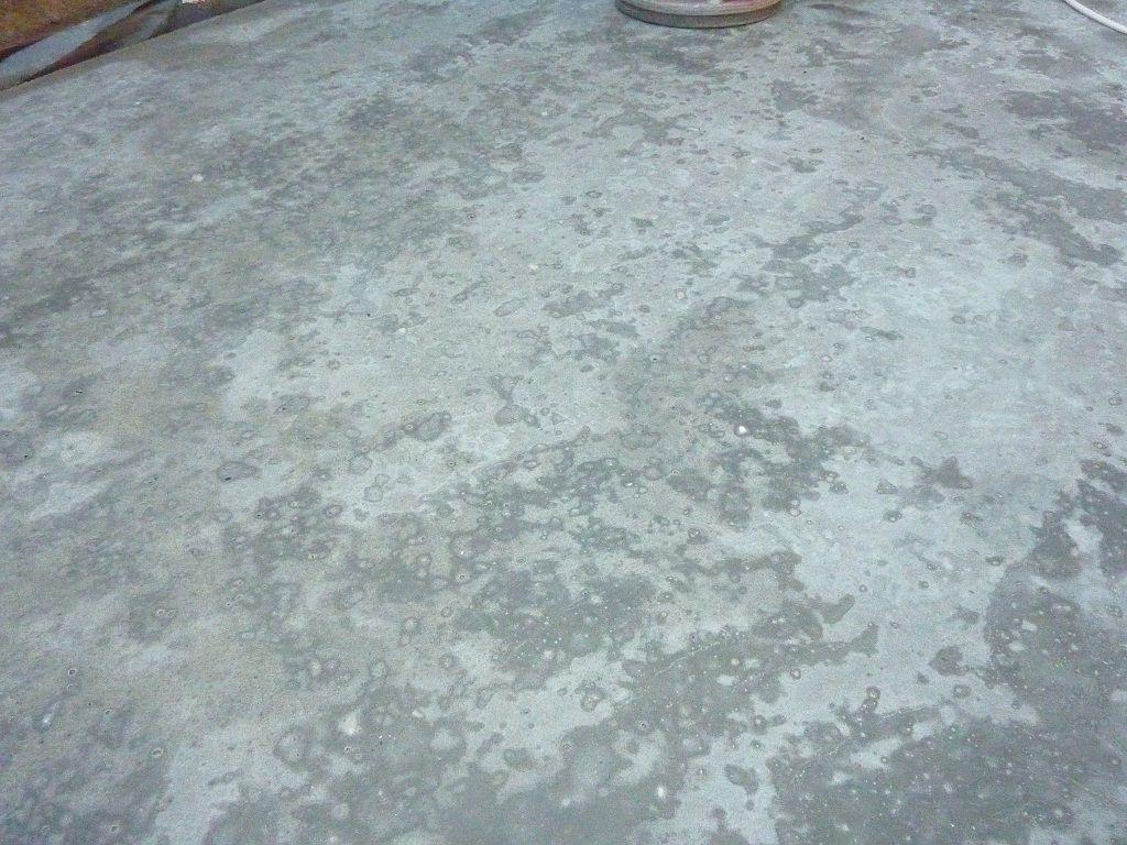 installing epoxy resin floor